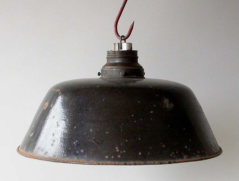 Deckenlampe-Emaillampe-Lampe-Fabriklampe-Fabrikleuchte-Industrielampe-enamellamp
